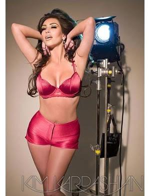 Kim Kardashian publicó su sensual calendario 2009 Kim Kardashian 2008 ...