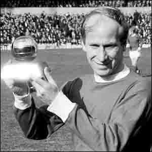 Bobby Charlton (1966)3