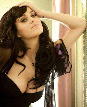 Perempuan Terpanas 2010 Katy Perry