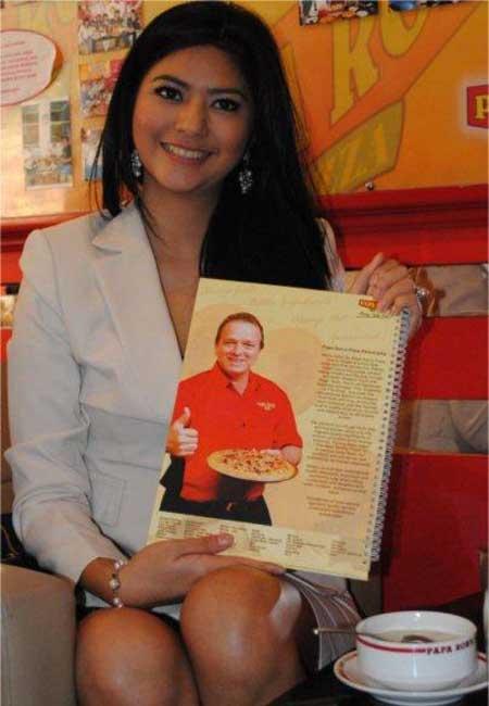 foto hot sexy bugil  Qory Sandioriva Putri Indonesia Photo