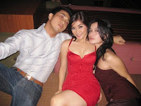 artis telanjang - Sexy Eva Anandita with red dress