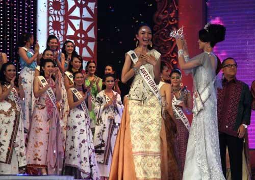 pemenang putri pariwisata indonesia 2010