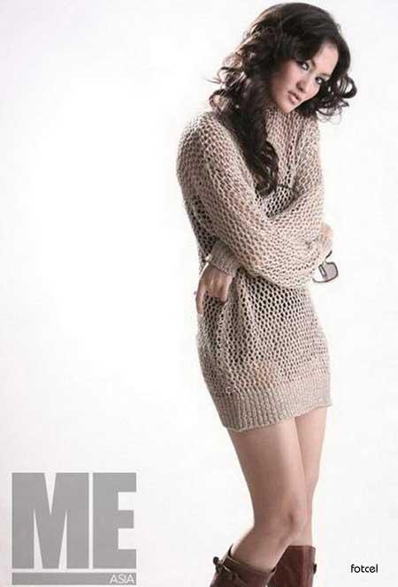foto hot Atiqah Hasiholan - beautiful celebrity photo shoot