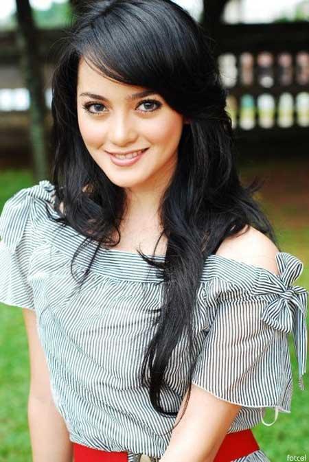 Foto Artis Cantik Ririn Ekawati HOt Indo celebrity style