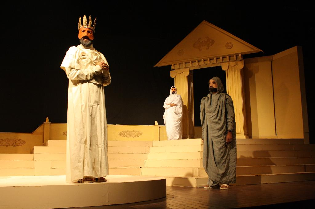 oedipus s prophecy What is the prophecy about oedipus that oedipus will kill his father and marry his mother is the oracle's prophecy in  oedipus rex  by sophocles (495 bce.