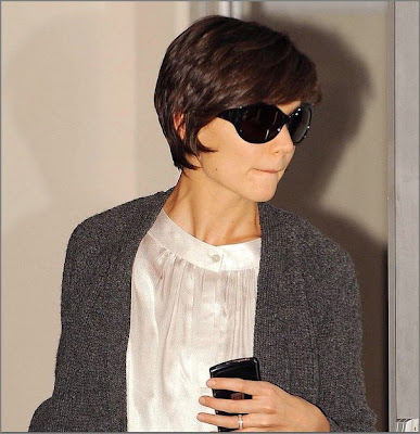 katie holmes short hair pictures. Celebs are losing their hair
