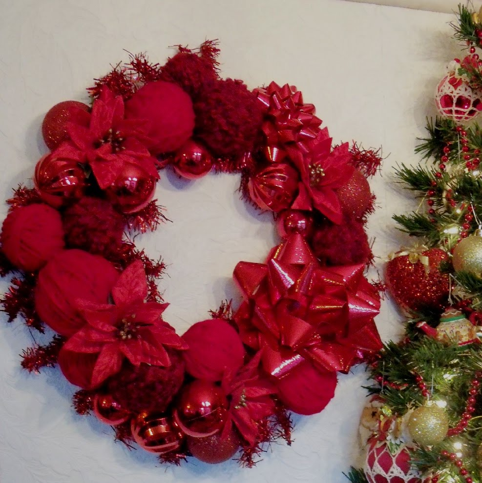 Make The Best of Things: I'm still herewith Christmas wreaths!