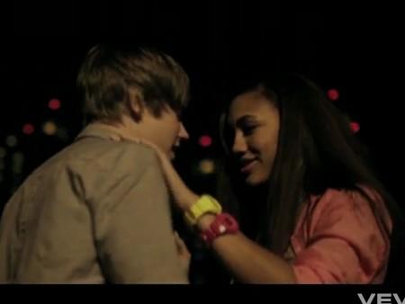 Tasha + Bieber Todo Mundo Odeia o Chris