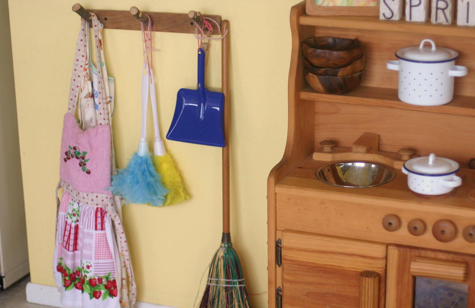 Kitchen View : The Girlsu0027 Corner