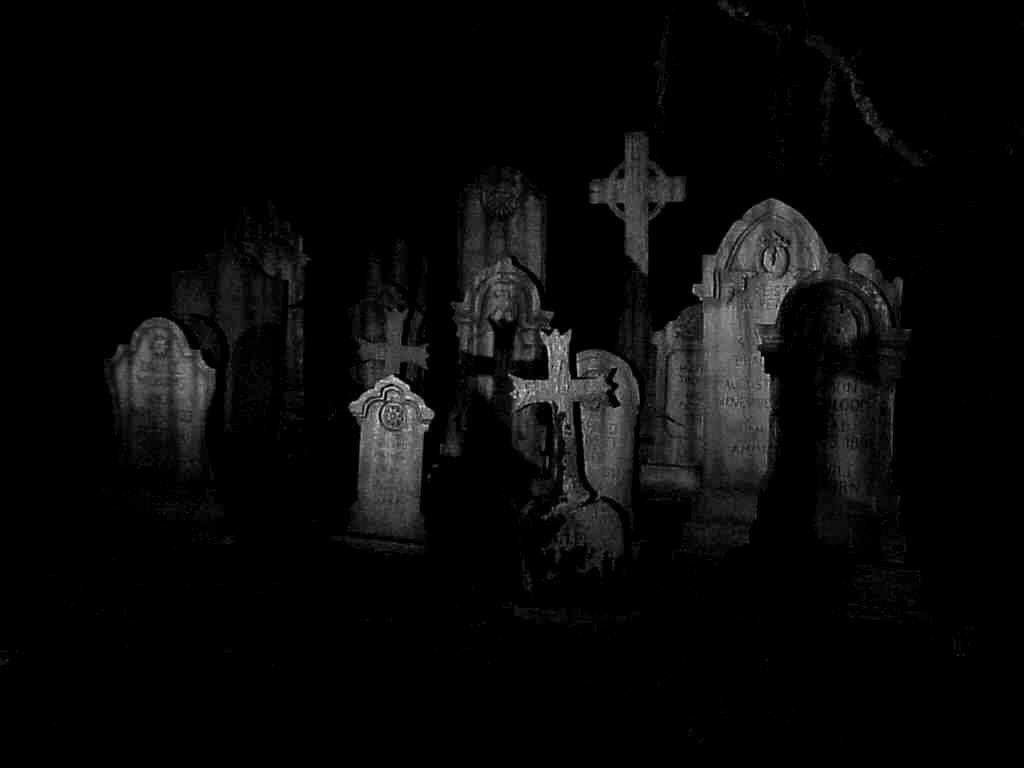 SeeBethWrite: Cinquain Poem - Graveyard