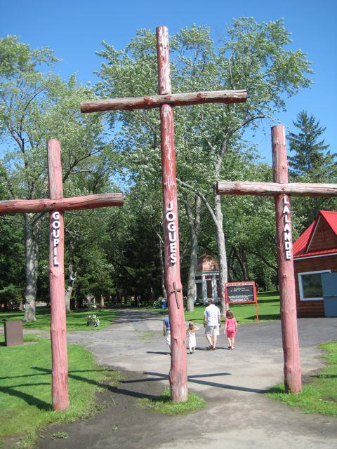 [crosses]