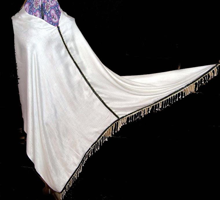 Saudi Poncho-white