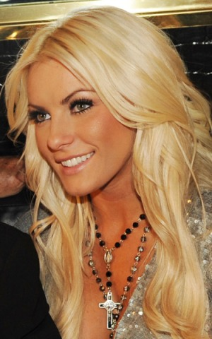 crystal harris photos