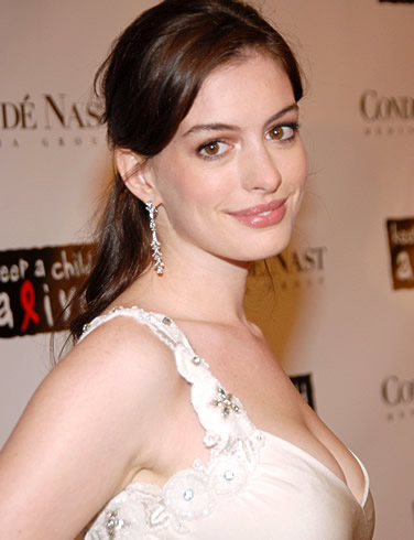 Anne Hathaway Is Gay
