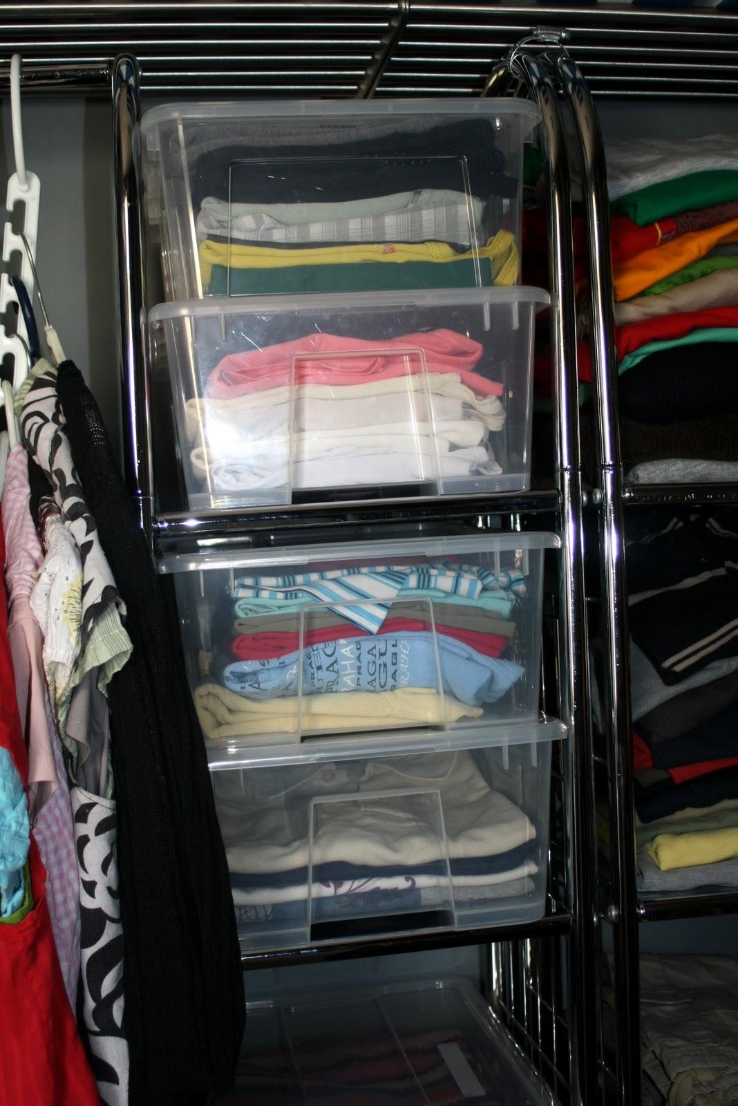 D a tras d a poniendo un poco de orden - Como almacenar perchas ...