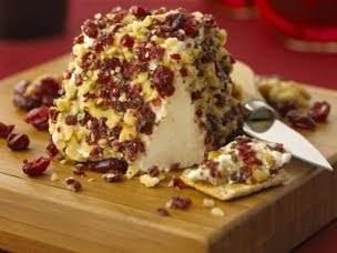 Cranberr Walnut Cheese Pyramid
