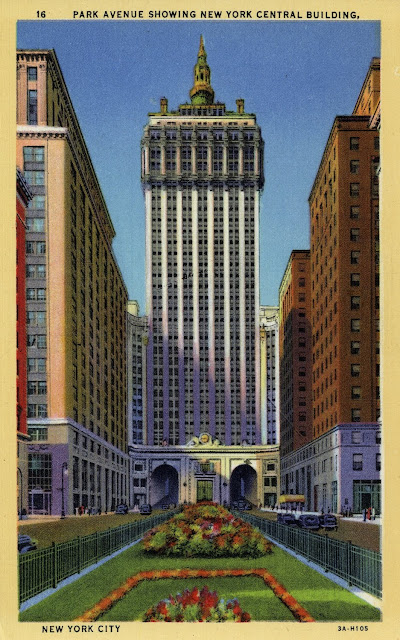 Walk in new york nyc vintage postcard helmsley building park