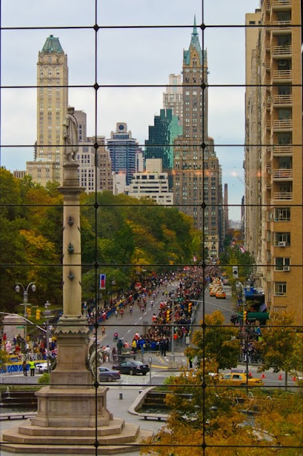 Walk In New York - The ING New York City Marathon -The Time Warner Center