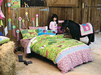 natalie 39 s sketchbook a horse themed room