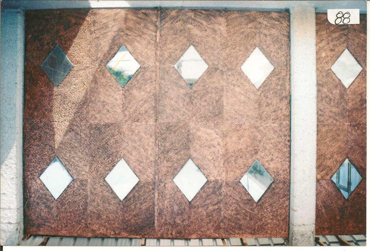 Herreria moderna zaguan for Saguan de madera