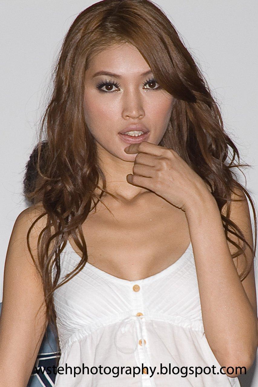 Featured: Amber Chia ~ Kleio