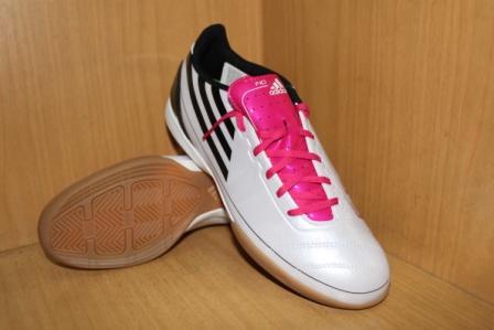 Sepatu Futsal Adidas Terbaru
