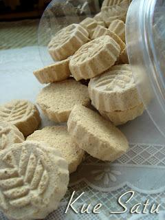 ~๑ஜ۩۞۩ஜ๑~[Kue satu & Gipang asli dan Khas serang-banten]-Gratis sample-~๑ஜ۩۞۩ஜ๑~