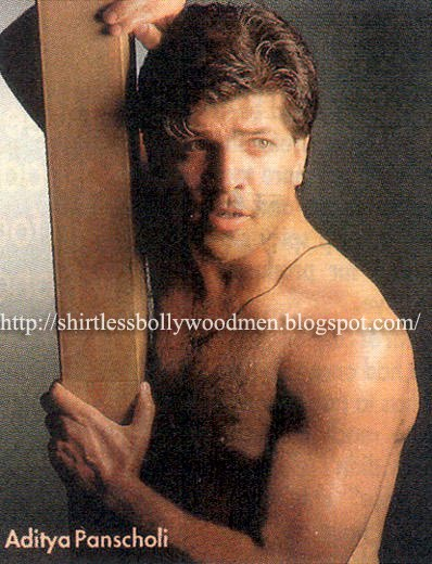 Shahid+kapoor+shirtless+shower