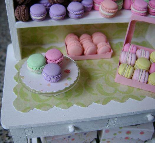 Mini Macaron Display