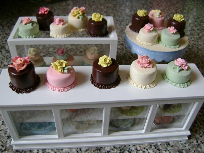 Assortment of Buttercream Rose Cakes