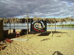 Barros do Asfalto em uma ilha Fluvial