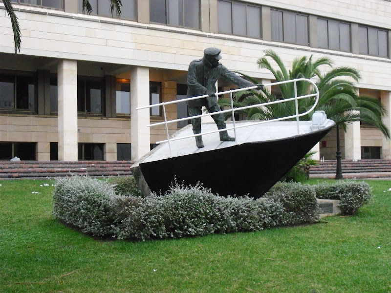 Monumento al marino mercante en Santander