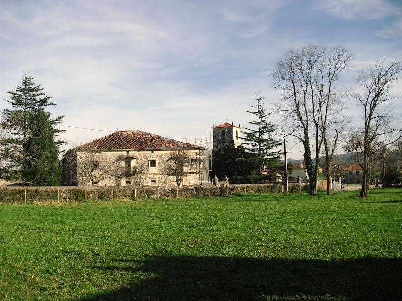 Casona de Villanueva de la Barca en Agüero