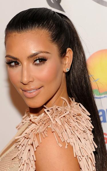kim kardashian hair straight. kim kardashian hairstyles for