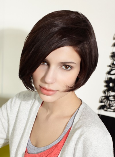 short hairstyle for round