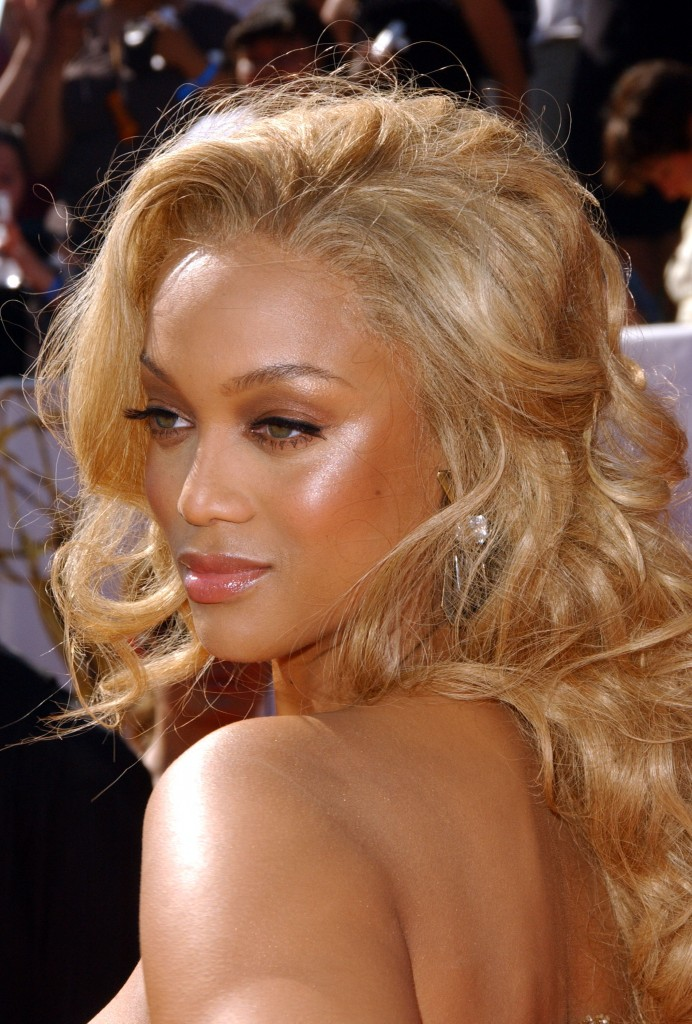 tyra banks 2011 haircut. Tyra Banks Trendy Long African