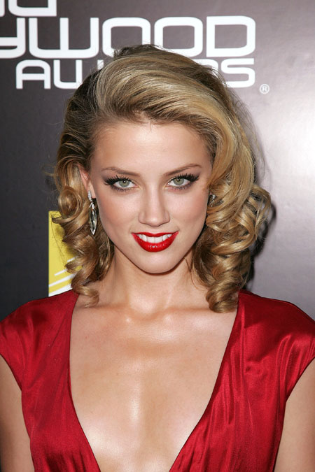 Short Classic Haircuts Women Amber Heard has some cute classic hairstyle