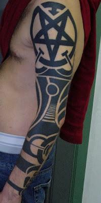 Piculan Tattoo Pentagram Sleeve