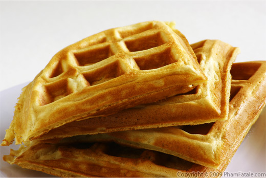 decided to put some leftover kefir in my waffle mixture this morning ...