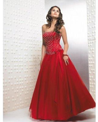 Foto de Vestido de 15 años , Color Rojo