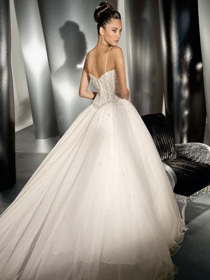 cars blogger forever: nueva coleccion novias 2010 de demetrios bride