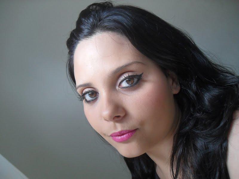 SDC10141 Qual makeup usar com vestido amarelo?!