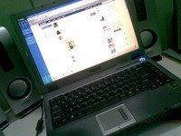 gambar laptop mantap
