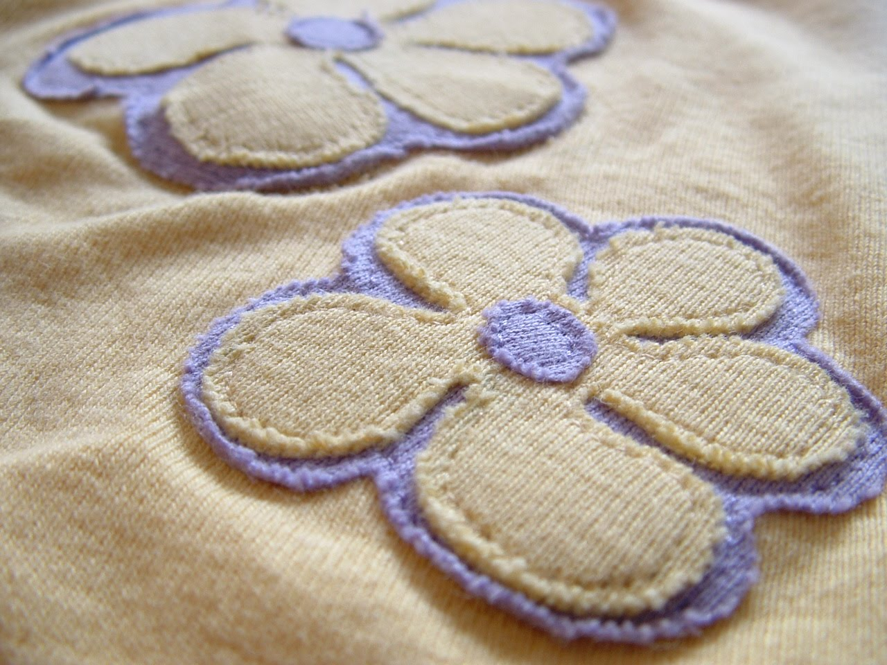 Pieces by polly: fun flower applique with printable pattern
