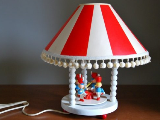 Last May The Following Nursery Lamp Sold For 105 00 After A Very Short Stent On Hy Day Vintage