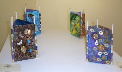 bead journal project, exhibition of triptych sculptures by Bobbi K