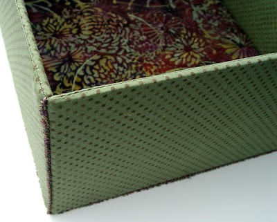 sides of box joined with picot edge stitch, memory box by robin atkins