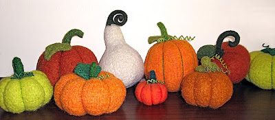 knitted pumpkins by Pam Ehlers Stec