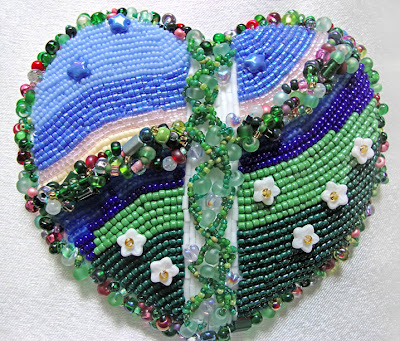 bead embroidery by Carmen, Content