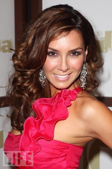 His wife elizabeth gutierrez with the most page